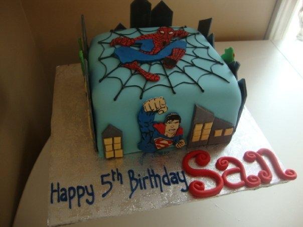 Super Heroes Cake 2 (B074)